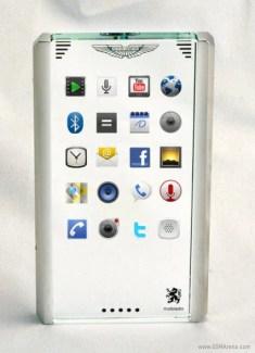 Aston Martin et Mobiado lancent un concept de téléphone sous Android !