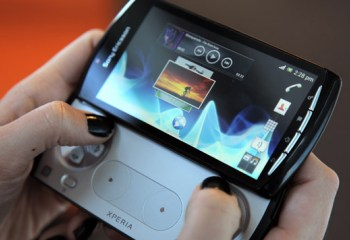 Sony propose une ROM Ice Cream Sandwich en bêta sur le Xperia Play