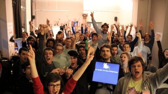 Clever Door, l'interphone connecté, remporte la 18ème édition des WeekEnds BeMyApp en faveur du Téléthon