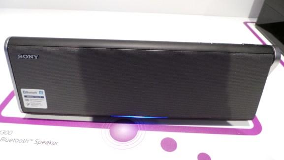 CES 2013 : Prise en main des enceintes Sony SRS-BTX300