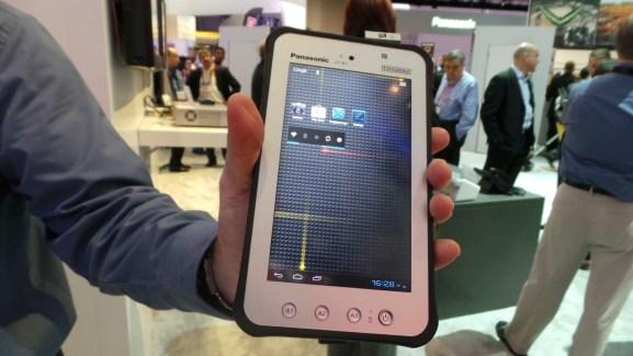 CES 2013 : Panasonic JT-B1 Toughpad, une tablette de 7 pouces dédiée au monde professionnel