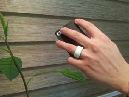 Tuit : une bague NFC pour déverrouiller son smartphone en campagne sur Kickstarter