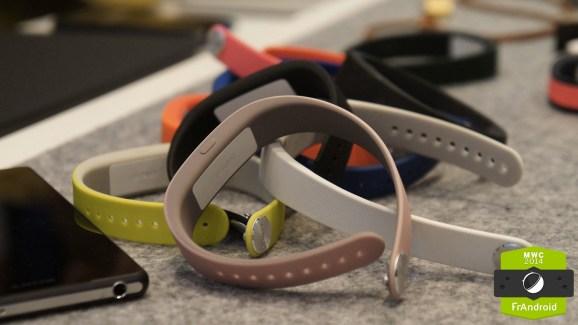 Plus qu'un accessoire : les ambitions de Sony pour son SmartBand incluent un appareil photo