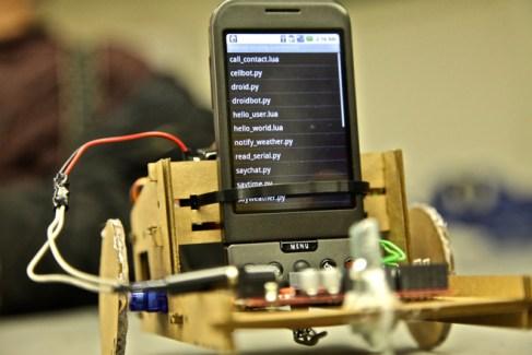 Un véritable robot Android !