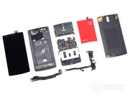Le OnePlus One se fait démonter dans les règles : 5/10 par iFixit