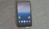 Test de l'Alcatel One Touch Idol3 : le smartphone renversant