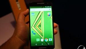 Prise en main du Motorola Moto X Play, un