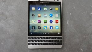 Prise en main du Blackberry Passport Silver...