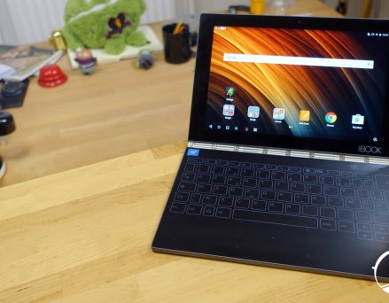 Test Lenovo Yoga Book : une interface Android...