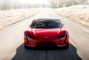Elon Musk évoque un Tesla Roadster capable de... voler ?!