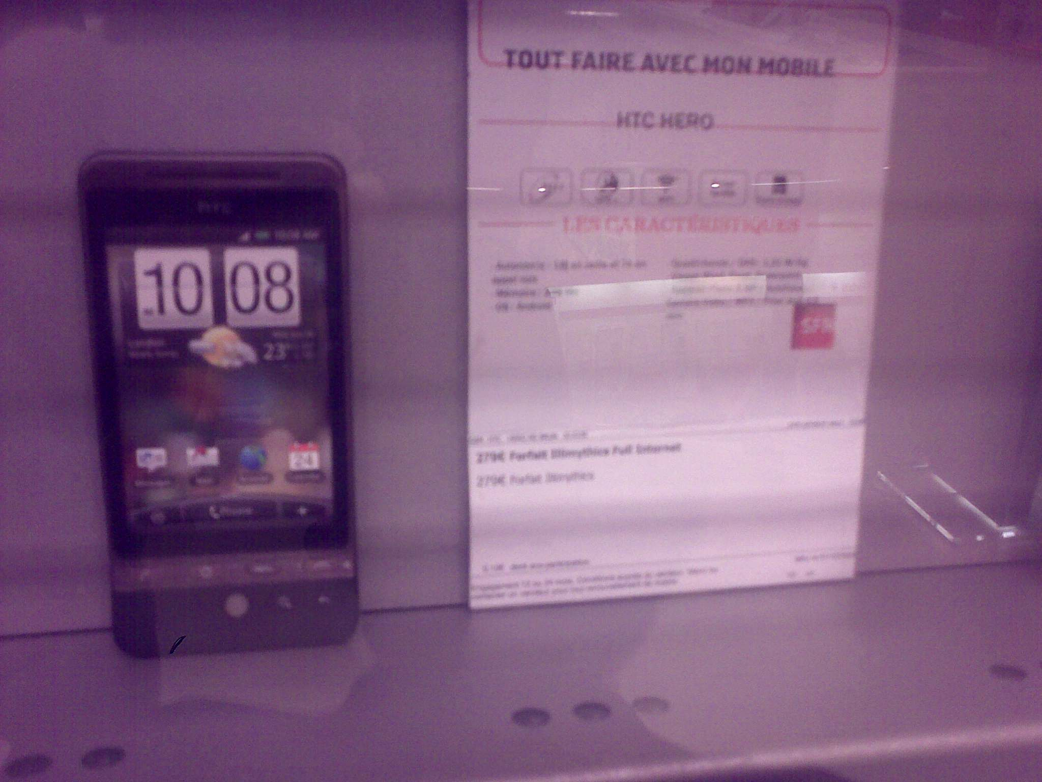 Le HTC Hero en boutique SFR