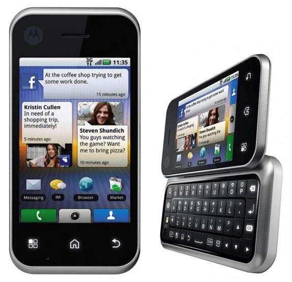 CES 2010 : Motorola présente le Backflip et confirme la mise à jour Android 2.1 et Flash 10.1 pour tous ses androphones