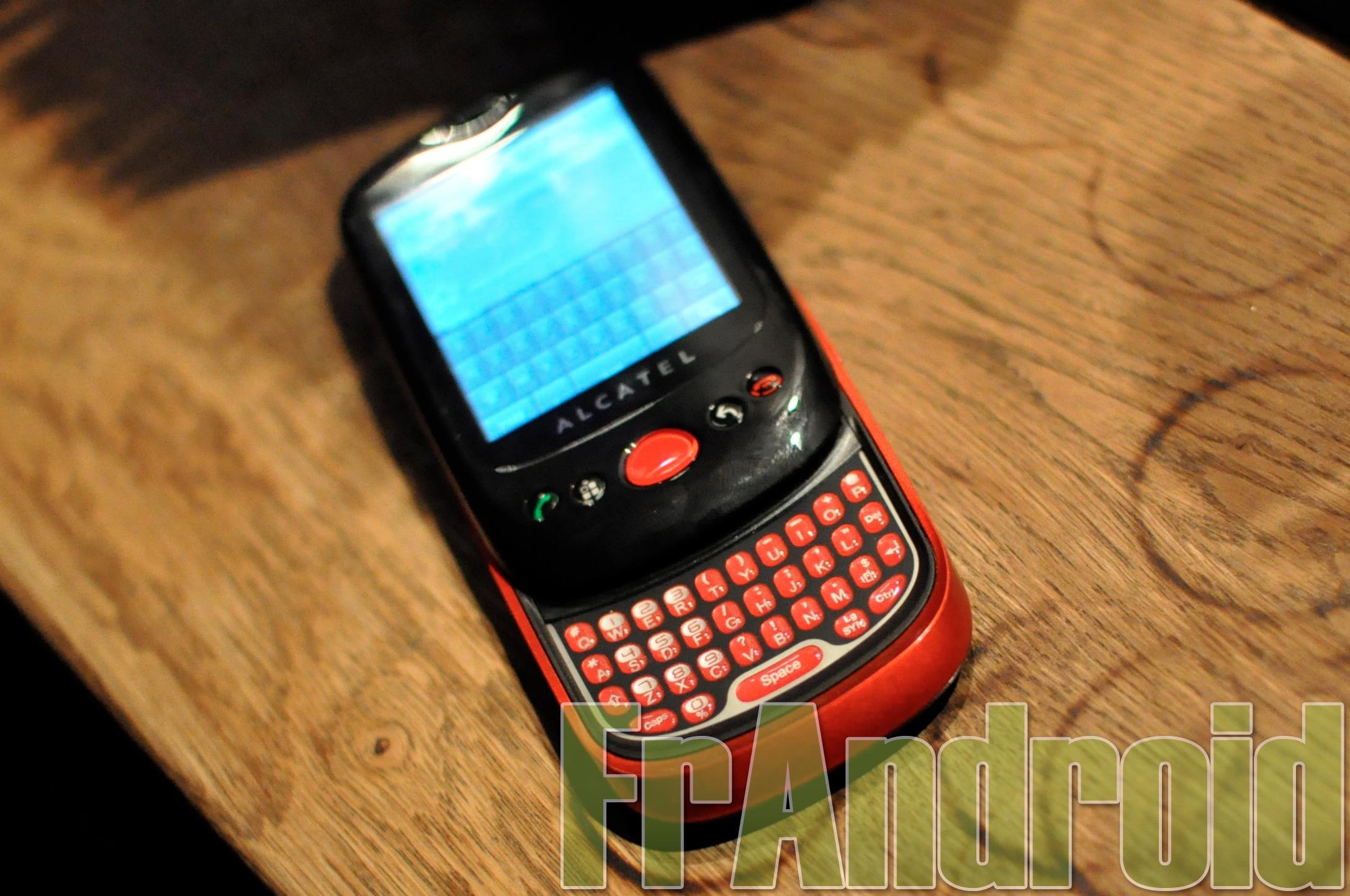 (exclu) Alcatel : première prise en main du OT-980 sous Android (MàJ)