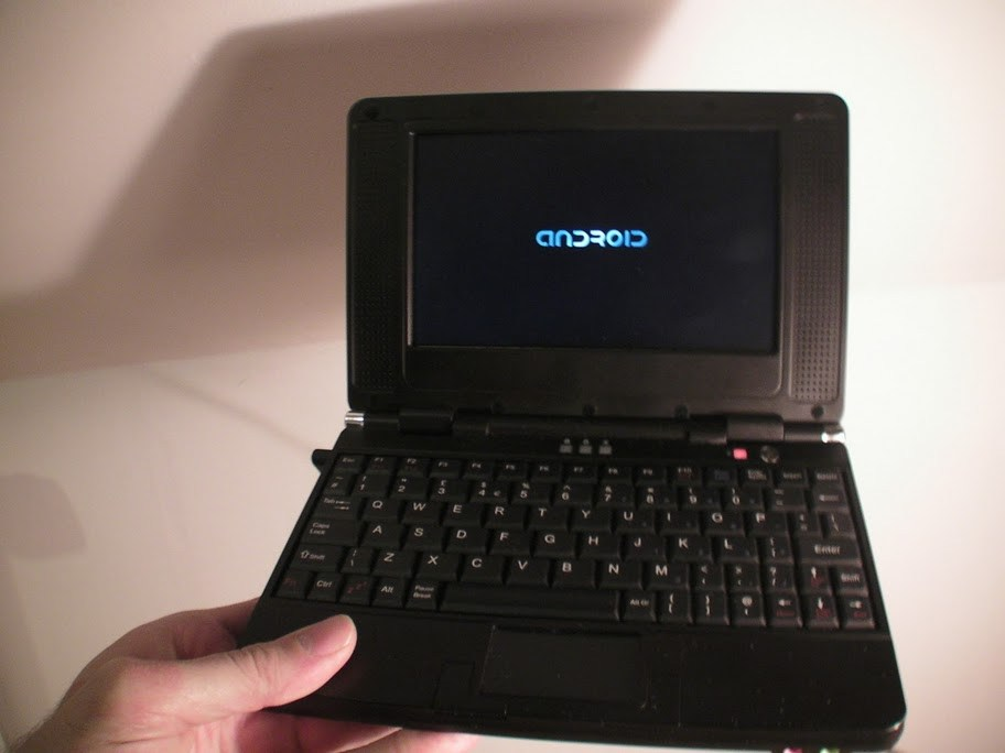 Hivision PWS700CA : Un smartbook sous Android à 100 dollars