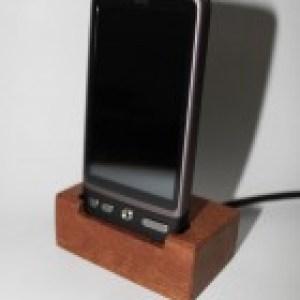 Original, un dock en bois pour votre androphone