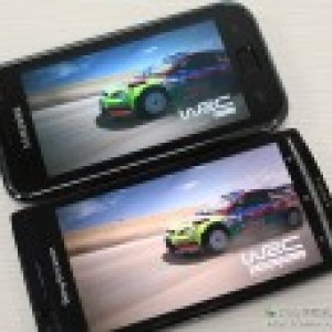 Comparaison d'un écran Super AMOLED (Galaxy S) et d'un Reality Display (Xperia Arc)