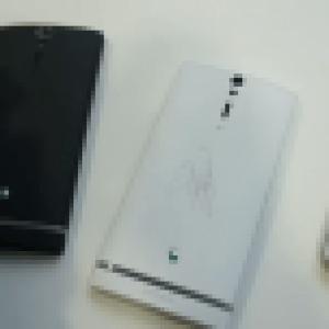 Test (réussi) vidéo du revêtement antisalissure du Sony Xperia S