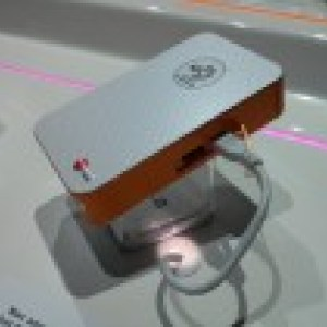 CES 2013 : LG Pocket Photo, une imprimante de poche sans fil pour imprimer ses photos en situation de mobilité