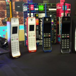 Binatone Brick : le téléphone rétro qui se connecte à un smartphone Android