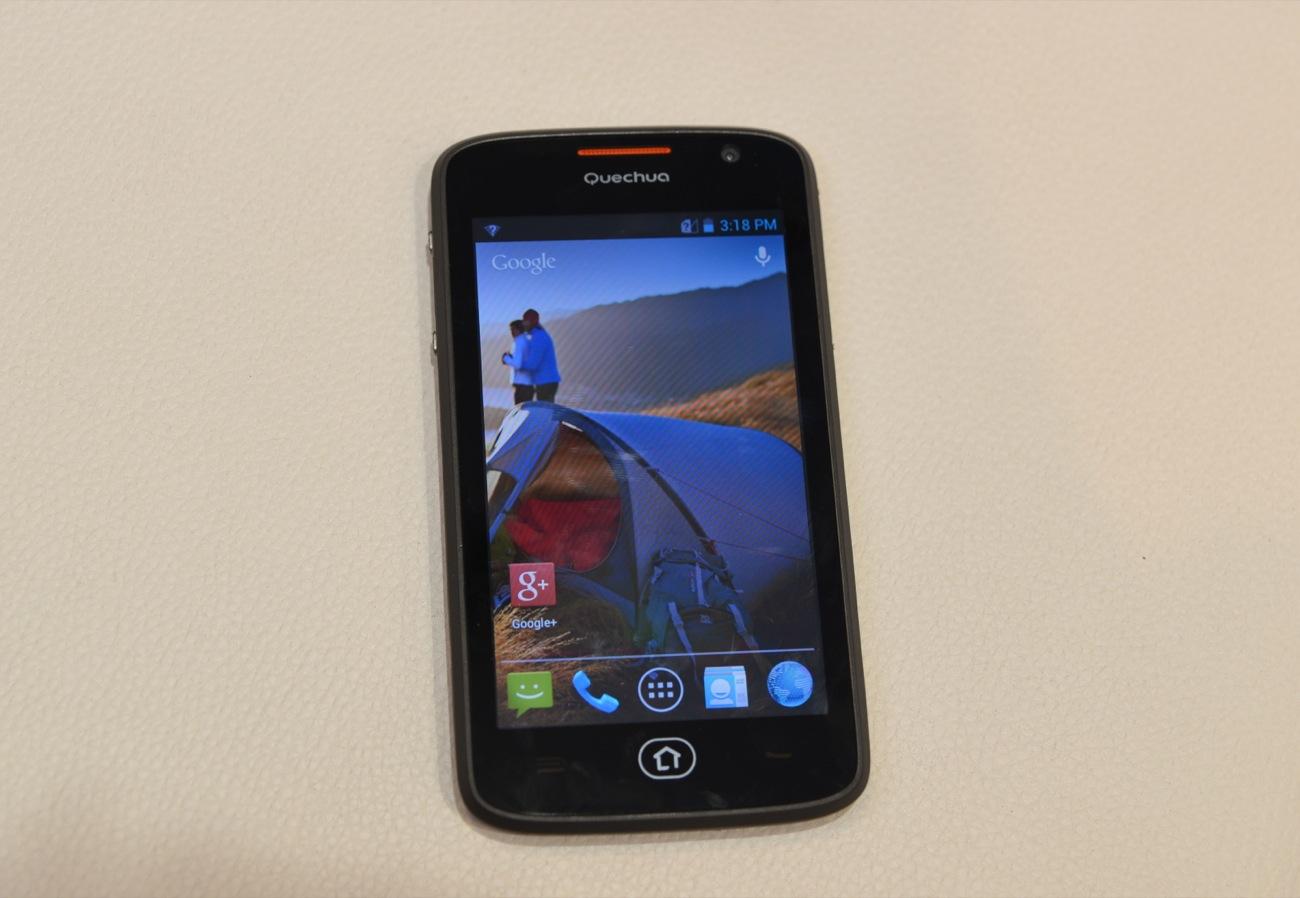 Décathlon dévoile son Quechua Phone 5 conçu par Archos