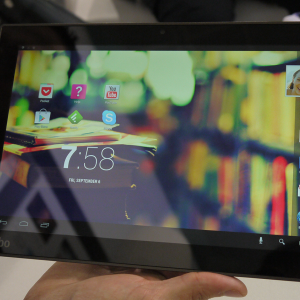 Présentation de la tablette Kobo Arc 10 HD dotée d'une définition de 2560 x 1600 pixels
