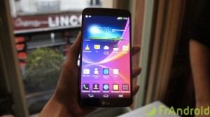 Prise en main du LG G Flex, le premier smartphone incurvé annoncé en France