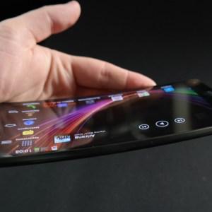 Le LG G Flex coûtera autour des 800 euros «nu»