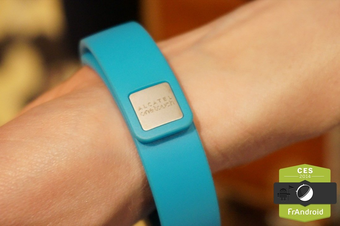 Alcatel One Touch concocte son bracelet connecté, le BOOMBand