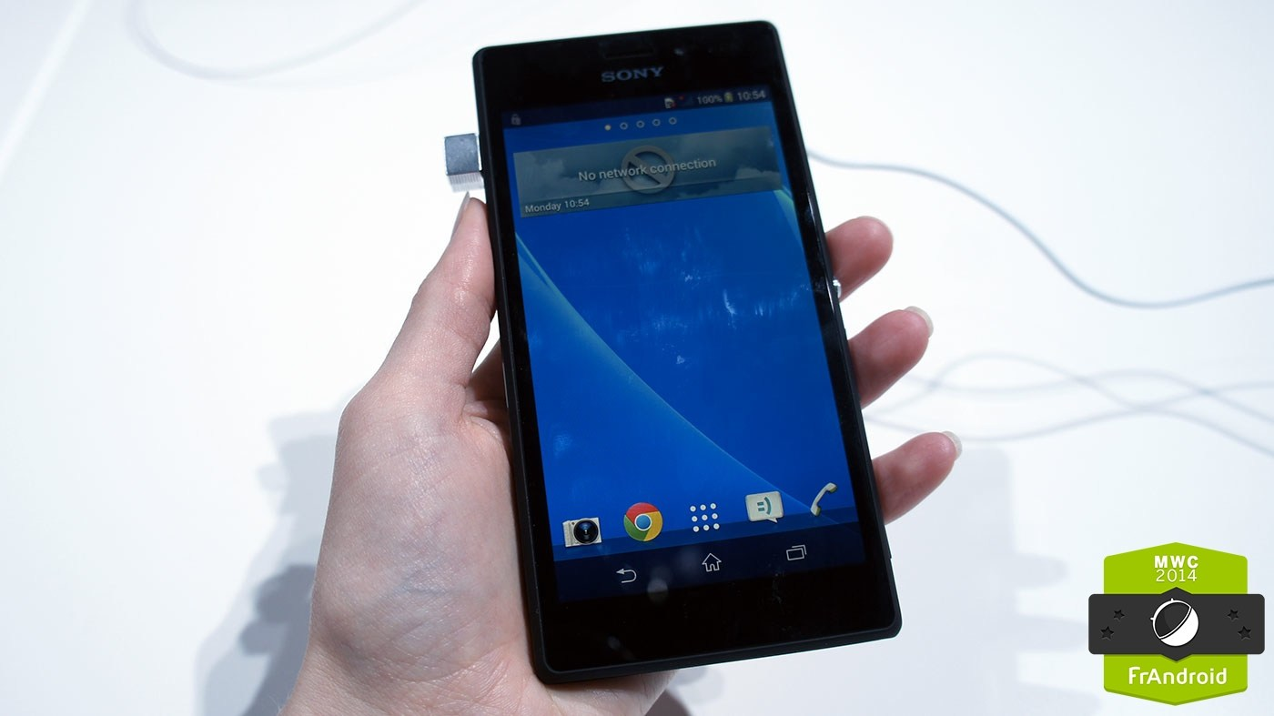 Prise en main du Sony Xperia M2, un smartphone 4G à l'allure très «Z»