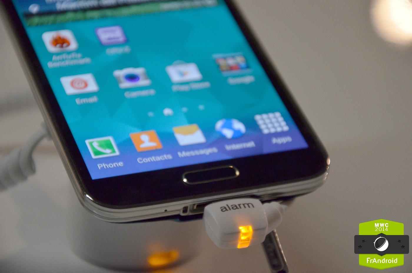 Samsung Galaxy S6 : beaucoup de verre, un peu de métal et un nouveau capteur d'empreintes digitales