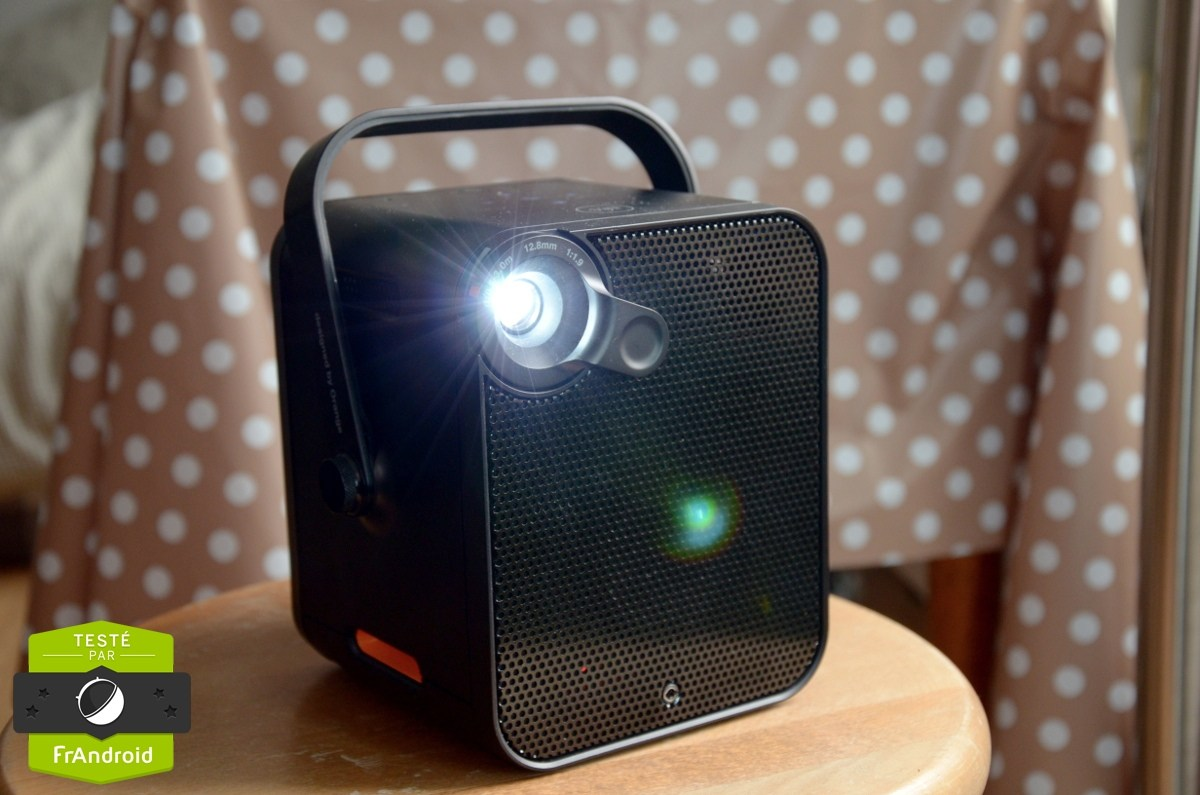 Test du Bloc d'Orange : charmant petit vidéo-projecteur connecté mais limité