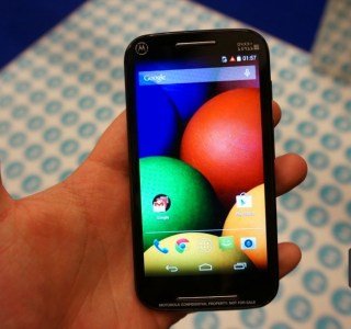 Prise en main du Motorola Moto E, un prix bas avec peu de compromis
