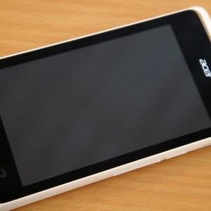 Prise en main de l'Acer Liquid Z200, un 4 pouces à prix mini