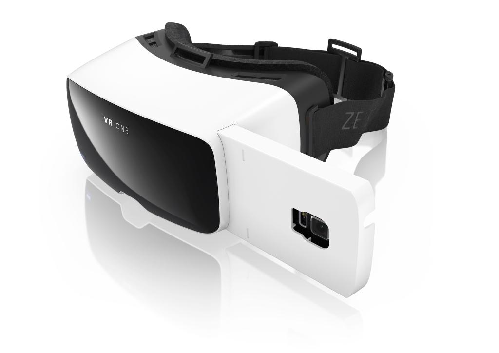 VR One : Carl Zeiss prépare aussi un casque de réalité virtuelle compatible avec plusieurs smartphones