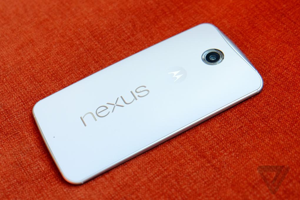 Nexus 6 : revue des prises en main du smartphone créé par Google et Motorola