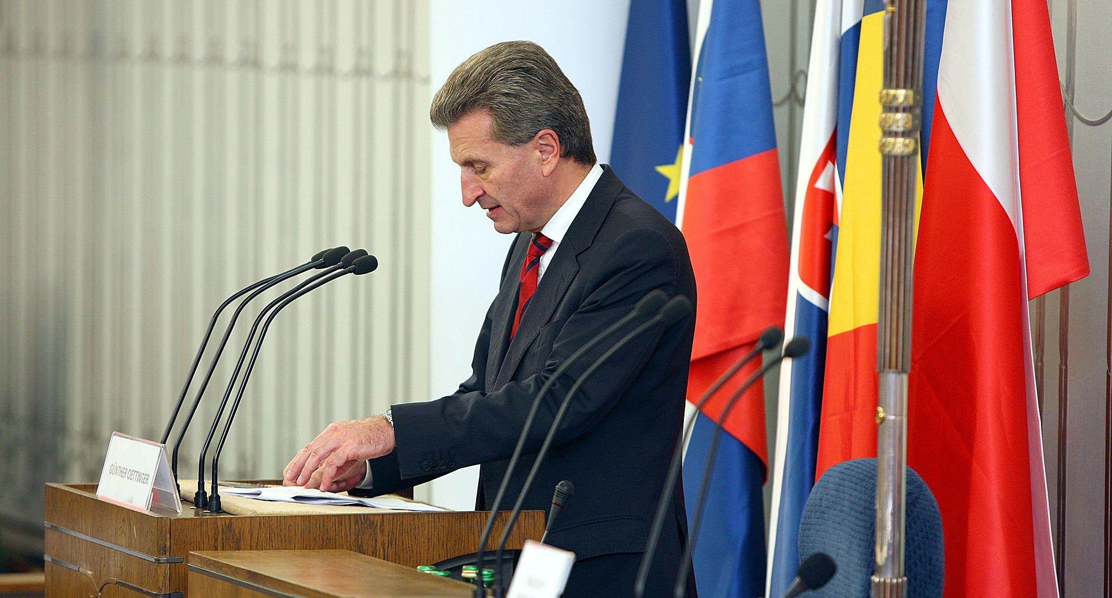 Bruxelles demande à la France d'arrêter de réguler le prix des SMS