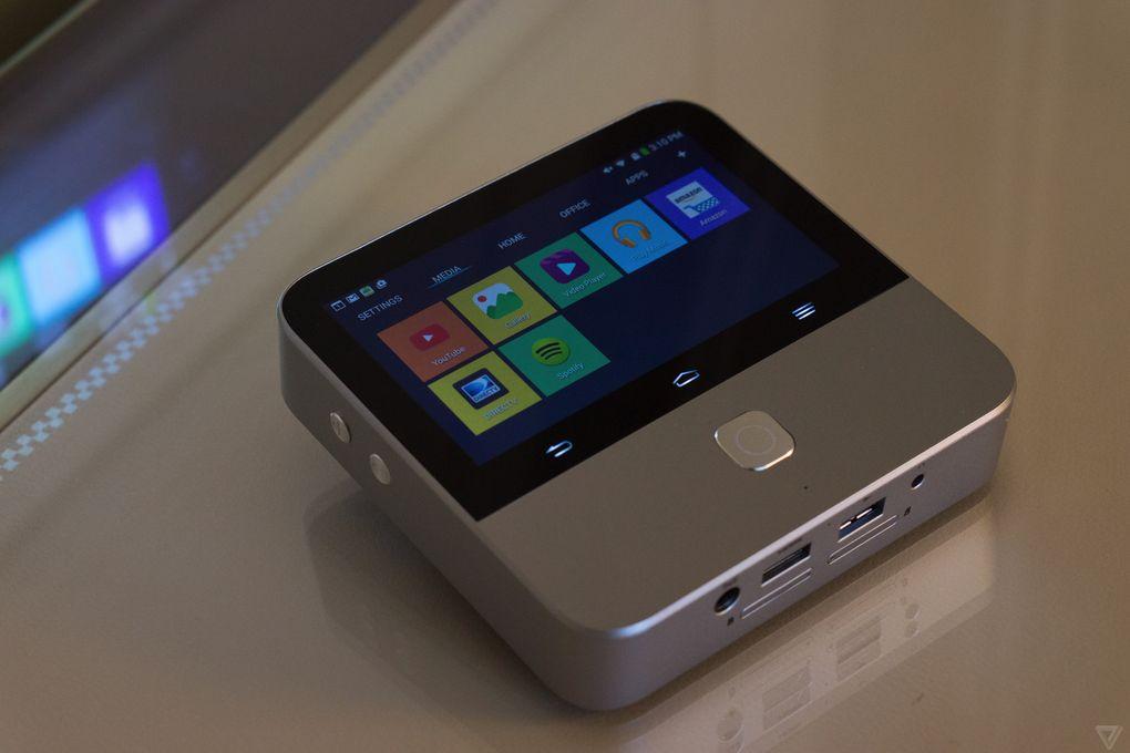 ZTE Spro 2 : un mini-projecteur et hotspot 4G sous Android