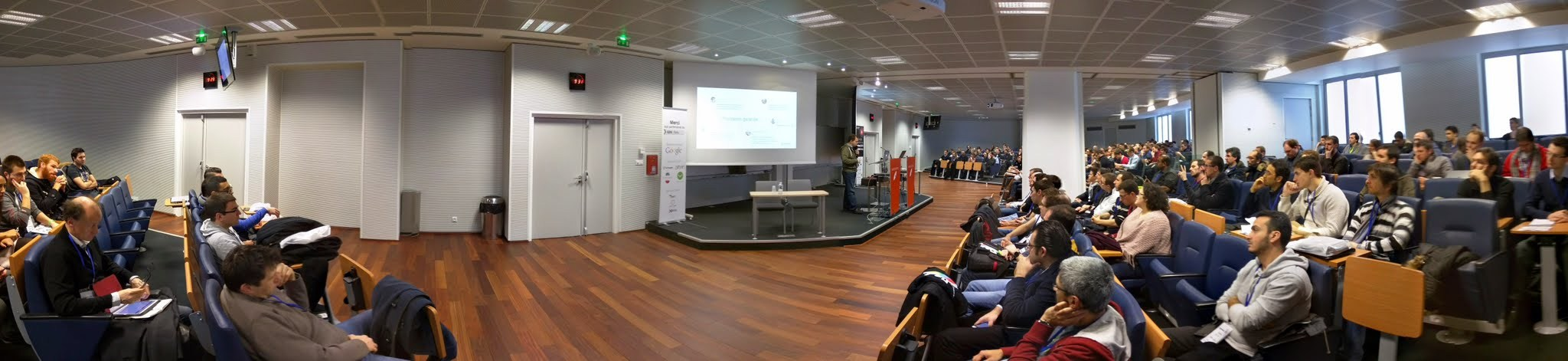 GDG DevFest 2015 : Google Glass, Material Design, jeux en ligne et machine learning