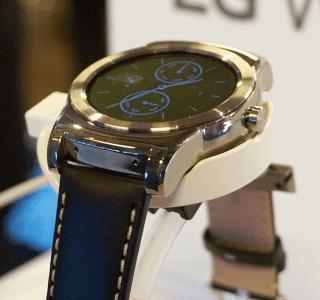 Prise en main de la LG G Watch Urbane, la plus élégante de Corée