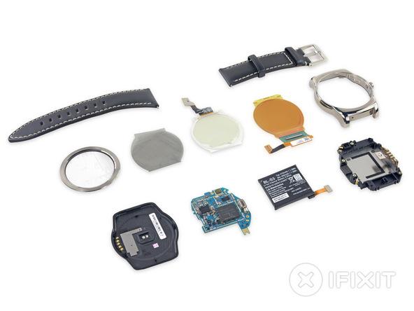 La LG Watch Urbane : une batterie facilement remplaçable, mais pas l'écran