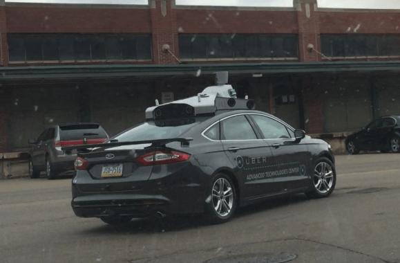 Uber débute les essais sur route pour sa voiture autonome sans chauffeur