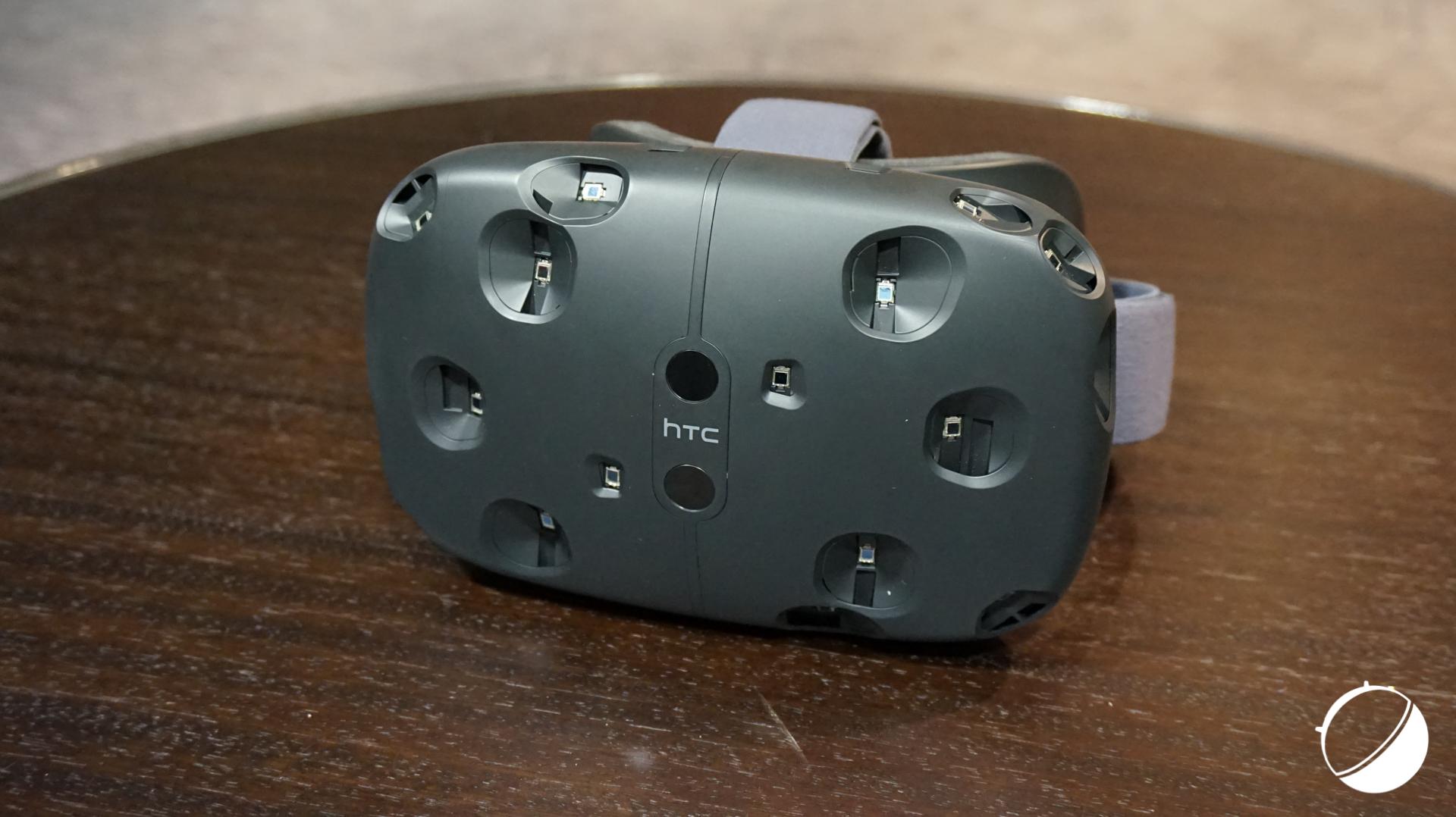 Le casque de réalité virtuelle HTC Vive disponible dès le 8 décembre prochain ?