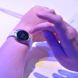 Prise en main du Honor «Band», mi-montre mi-bracelet