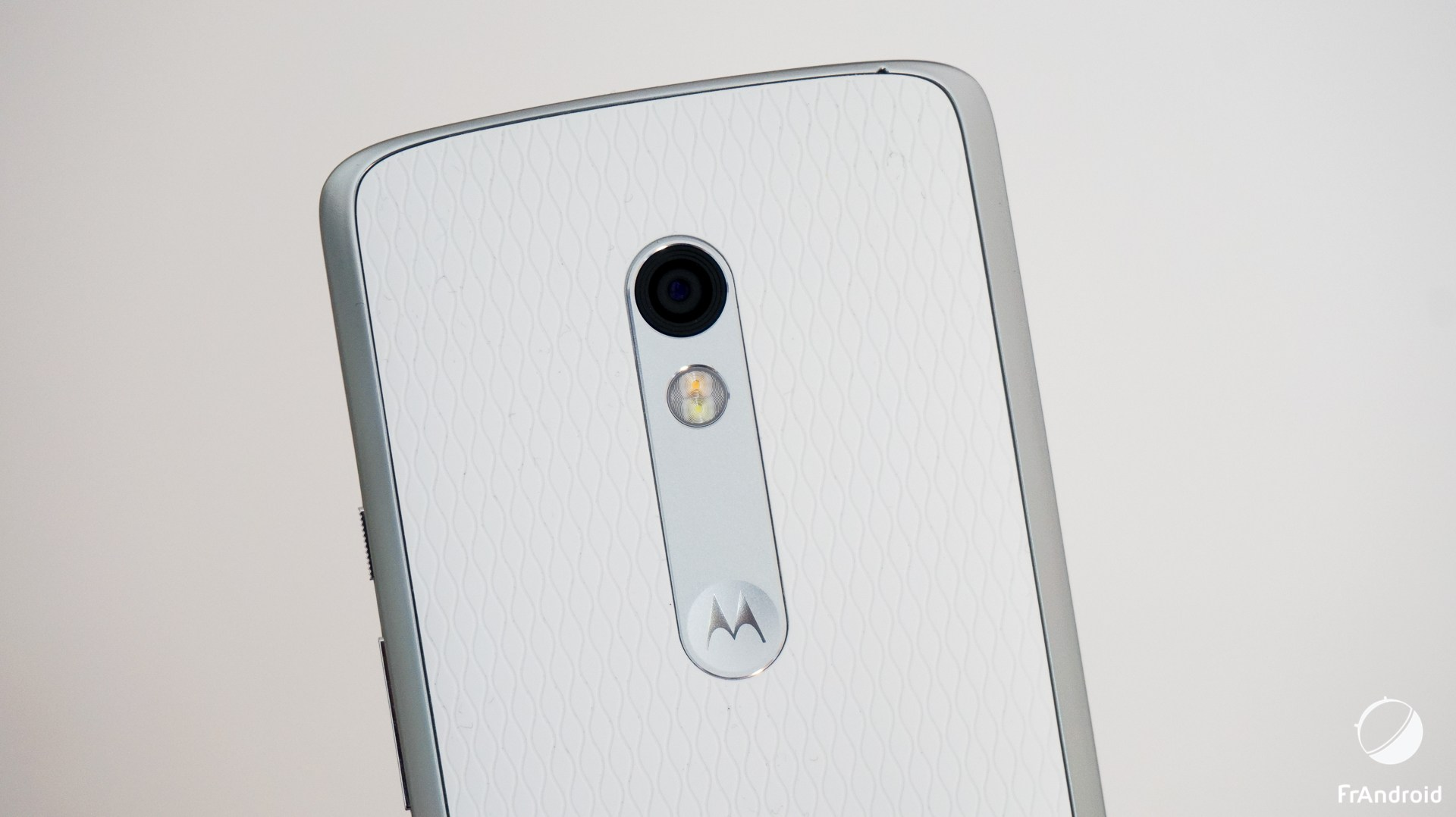 Fin de stock : le Motorola Moto X Play à seulement 109 euros