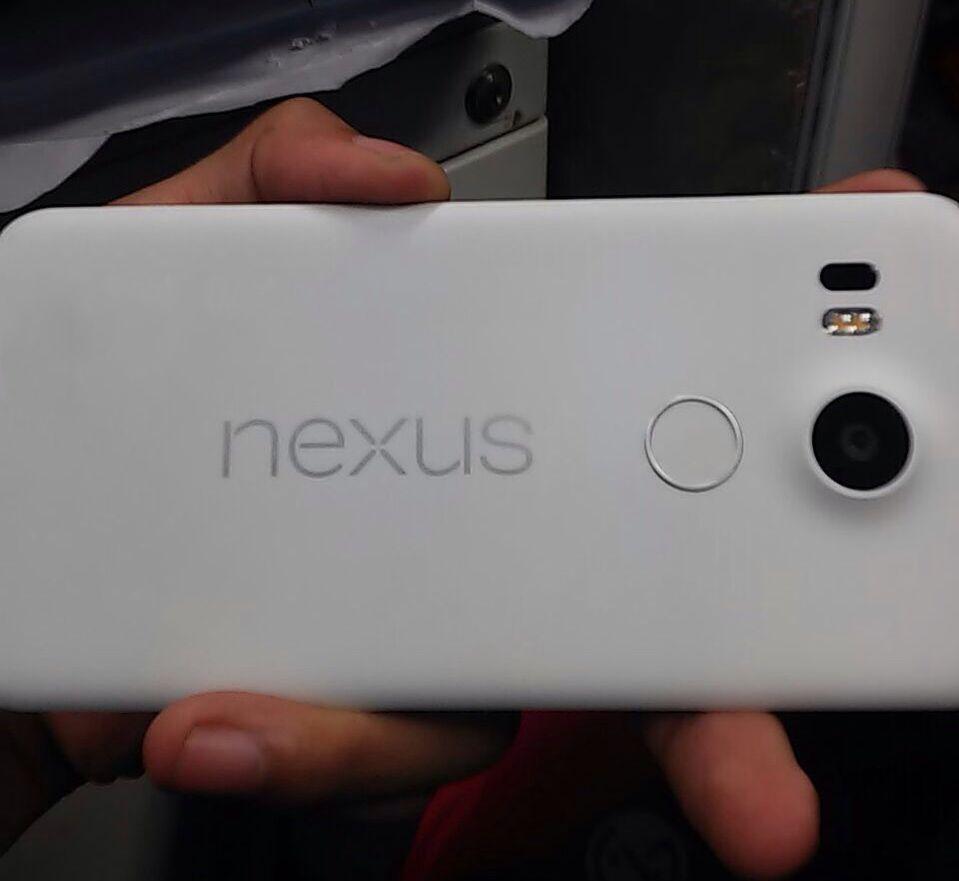 Le design du Nexus5 2015 se précise avec de nouvelles fuites
