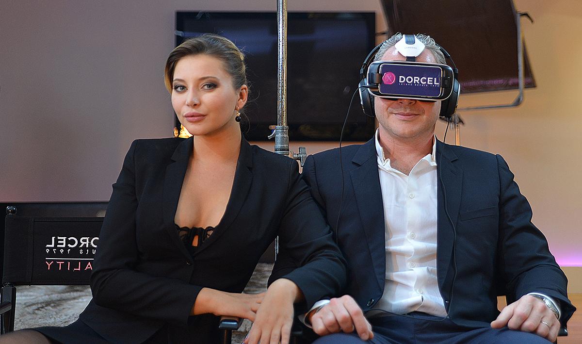 Quand le porno rencontre la réalité virtuelle : entretien avec Dorcel