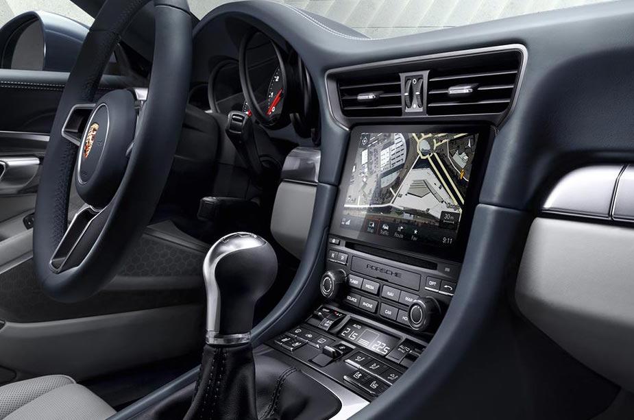 Porsche vs Android Auto : Google dément collecter abusivement les données