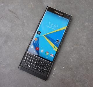Test du Blackberry Priv : le meilleur des deux mondes ?