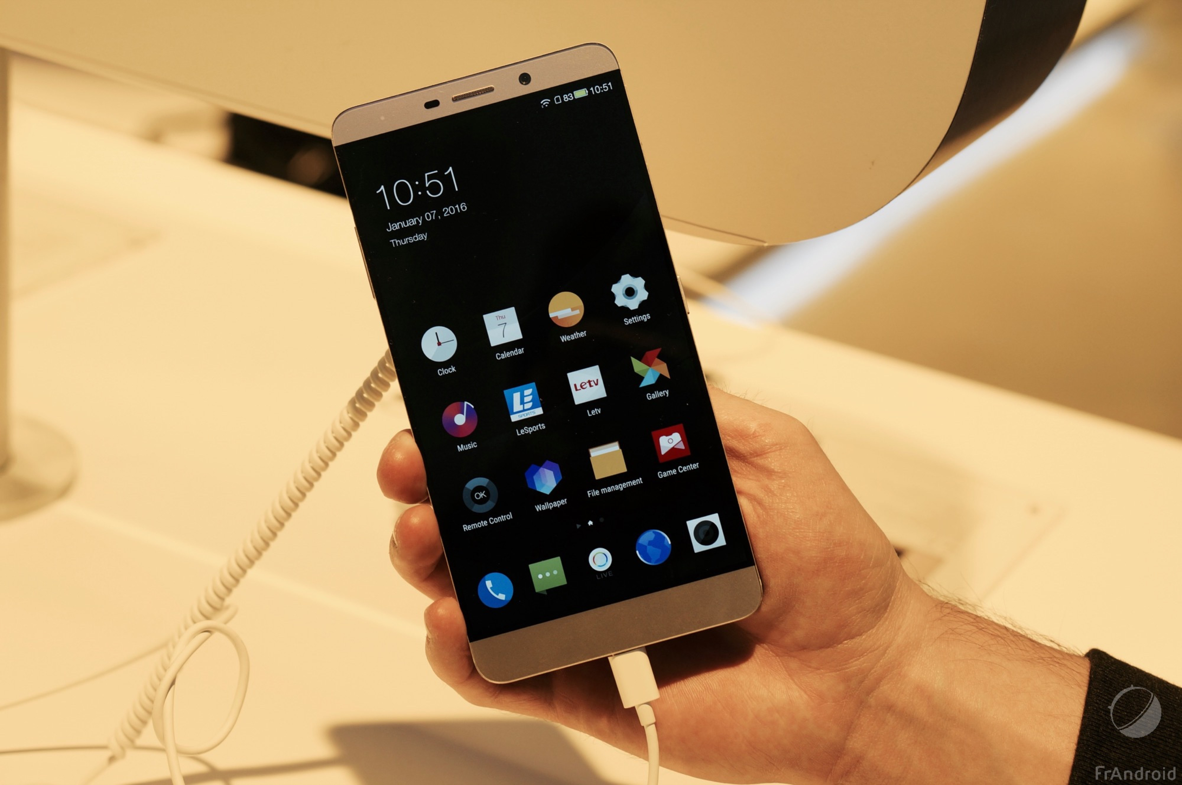Prise en main du LeTV Max Pro, le premier smartphone à adopter le Snapdragon 820