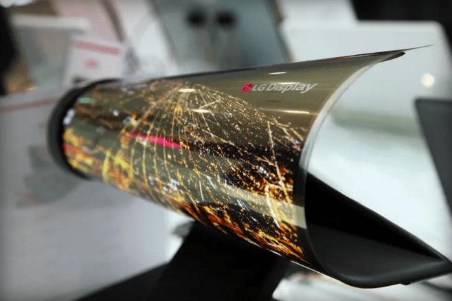 CES 2016 : LG présente un écran OLED flexible de 18 pouces